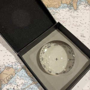 Crystal Magnifier (4x) with Compass Rose